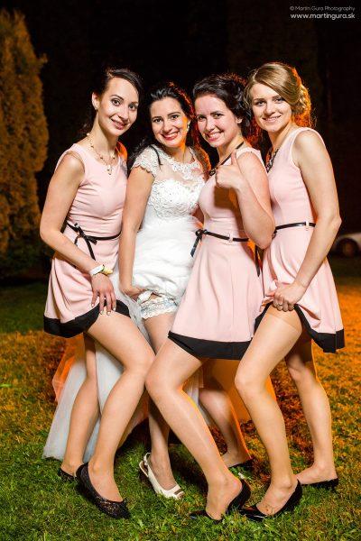 Družičky a nevesta - svadobný fotograf