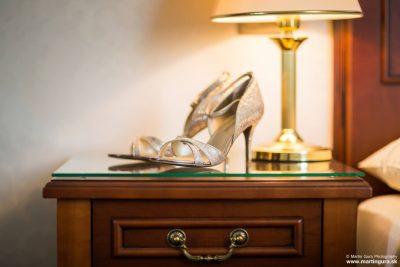Fotografia svadobných topánok - svadobný fotograf Žilina
