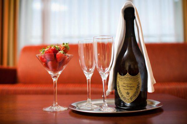 šampanské - reklamné foto