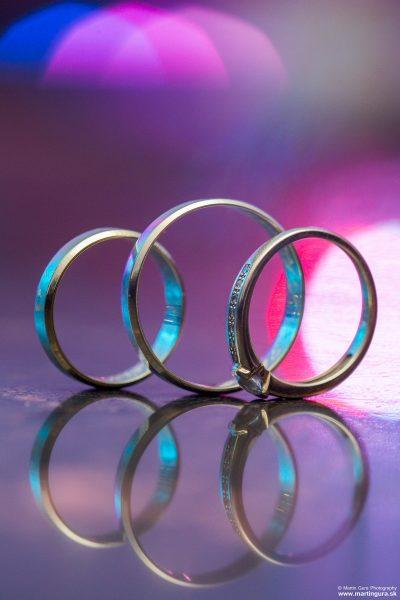 Svadobné prstene - svadobné fotenie a svadobné detaily